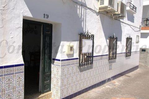 2 habitacions Casa en ciutat per vendre en Competa