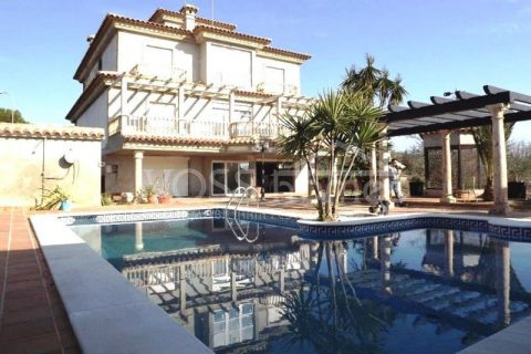 5 bedroom Villa for sale in Huercal-Overa