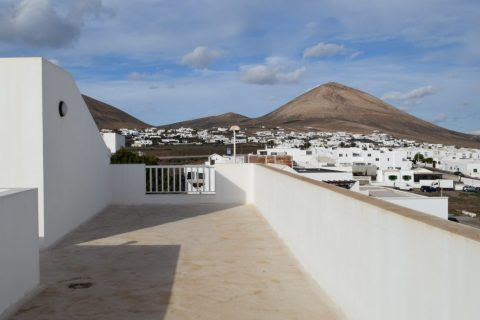 2 bedroom Apartment for sale in Tias