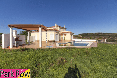 3 bedroom Villa for sale in Ayamonte