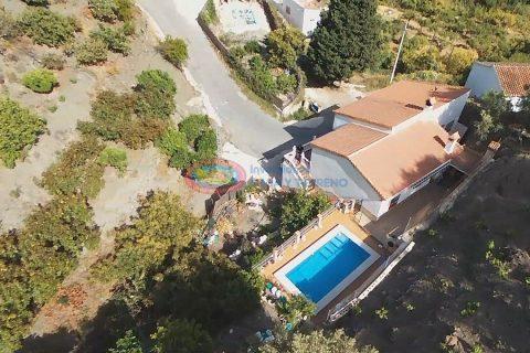 5 habitacions Casa en ciutat per vendre en Canillas De Aceituno