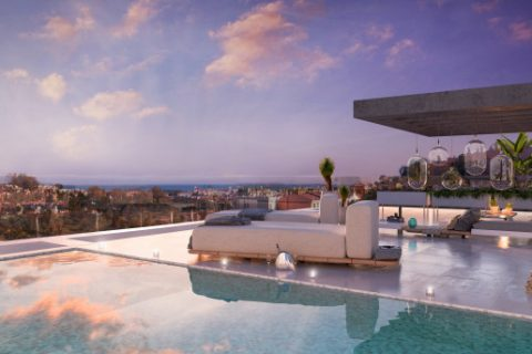 4 bedroom Penthouse for sale in Estepona