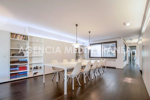4 bedroom Apartment for sale in Valencia