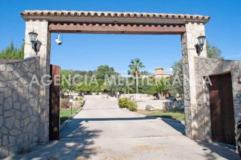 3 bedroom Country house for sale in Denia