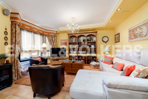 5 bedroom Town house for sale in Vigo