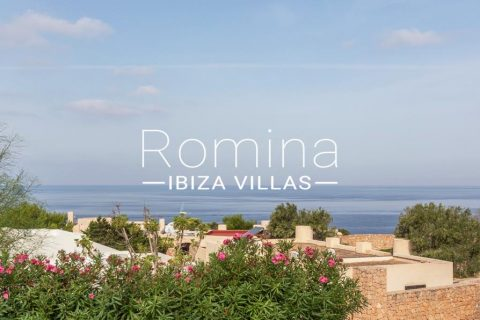 2 bedroom Villa for sale in Sant Josep de sa Talaia