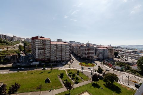 3 bedroom Apartment for sale in Vigo