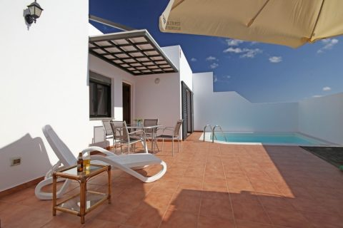 3 bedroom Villa for sale in Playa Blanca (Yaiza)