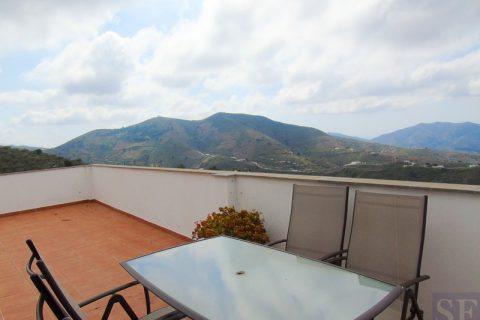 3 Schlafzimmer Wohnung zum Kaufen in Canillas De Aceituno