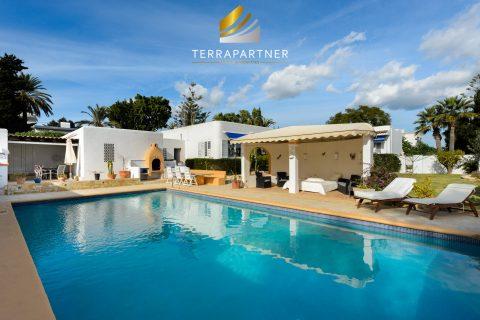 7 bedroom Villa for sale in Santa Eulalia Del Rio