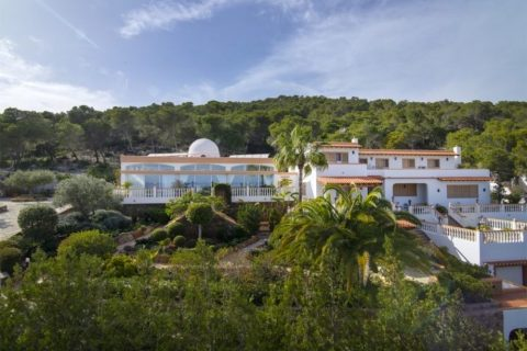 5 bedroom Villa for sale in Santa Eulalia Del Rio