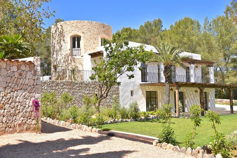 9 bedroom Villa for sale in Santa Gertrudis De Fruitera