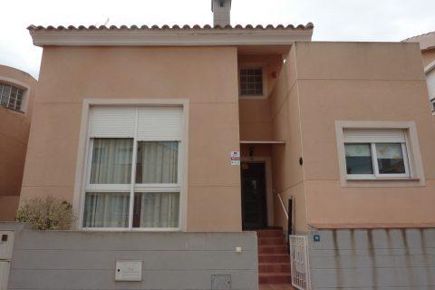 3 habitacions Casa en ciutat per llogar en Los Belones