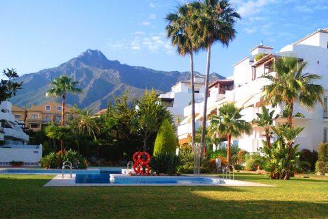 3 sovrum Lägenhet till salu i Las Chapas De Marbella