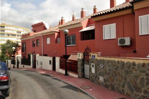 4 Schlafzimmer Stadthaus zum Kaufen in Fuengirola