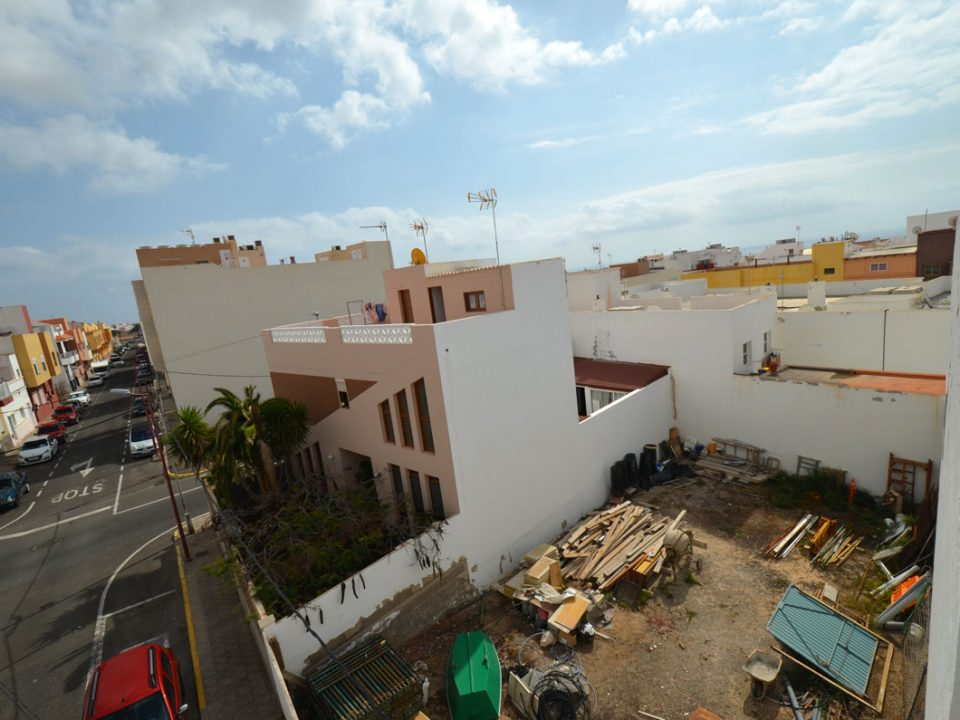 Puerto Del Rosario plot of land for sale € 72,000   Reference: 6204170